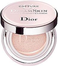 Parfumuri și produse cosmetice Fond de ten - Dior Capture Dreamskin Moist & Perfect Cushion SPF 50 PA+++