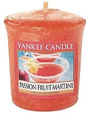 Parfumuri și produse cosmetice Lumânare aromată - Yankee Candle Passion Fruit Martini