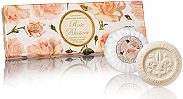 "Parfumuri și produse cosmetice Set săpunuri ""Trandafir"" - Saponificio Artigianale Fiorentino Rose Blossom Soap"