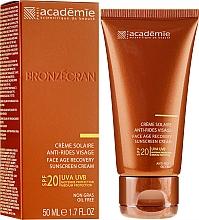 Parfumuri și produse cosmetice Cremă regenerantă cu protecție solară SPF 20+ - Academie Bronzecran Face Age Recovery Sunscreen Cream
