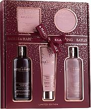 Parfumuri și produse cosmetice Set - Baylis & Harding Cranberry Martini Limited Edition Set (sh/gel/300ml + sh/cr/300ml + h/b/lot/130ml + soap/150g + b/butter/100ml)