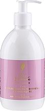 Parfumuri și produse cosmetice Pani Walewska Sweet Romance - Spumă parfumată de baie (cu dozator)