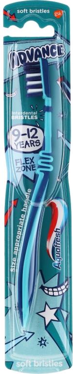 Periuță de dinți, 9-12 ani - Aquafresh Advance — Imagine N1